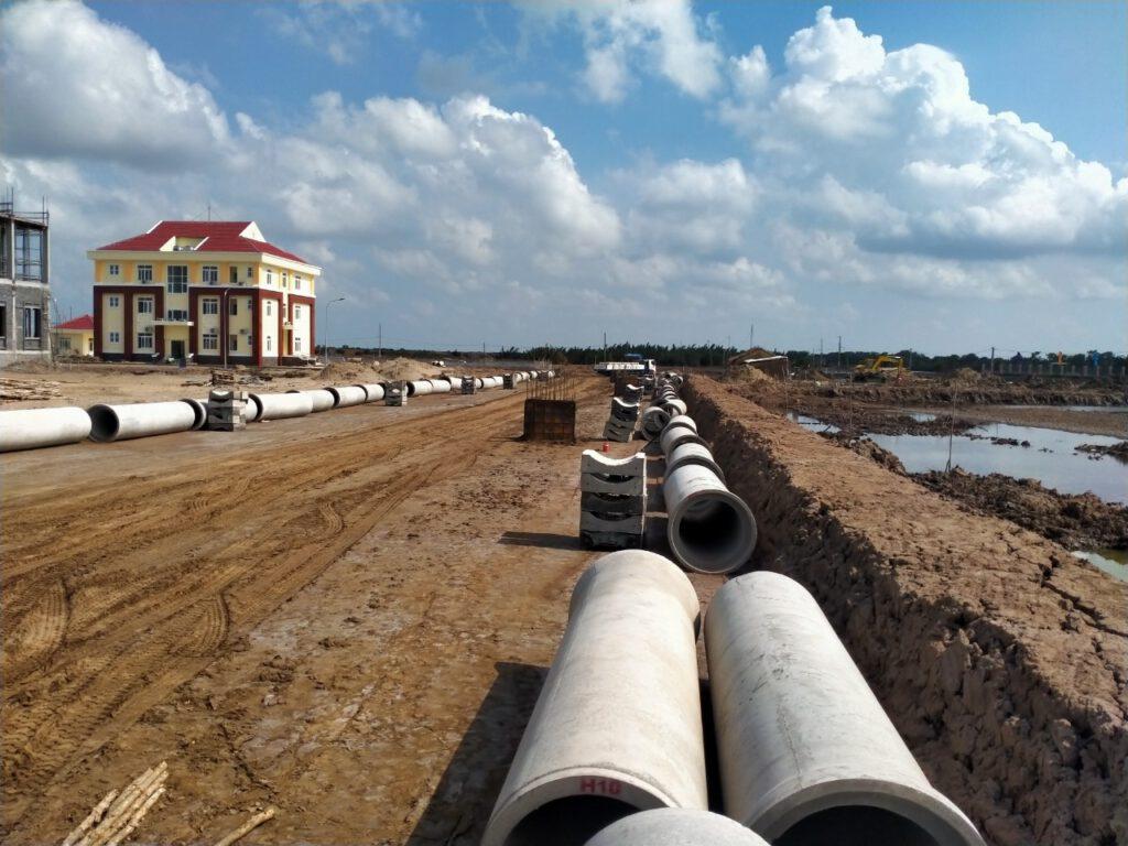 Hình ảnh Thi công tuyến ống thoát nước mưa hai bên đường nội bộ