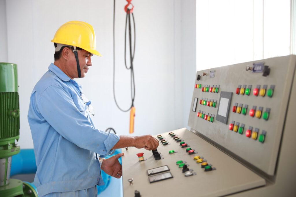 Tủ điện điều khiển Bể lọc – Nhà Máy Nước Bông Vang